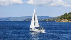 yacht-1526286_960_720